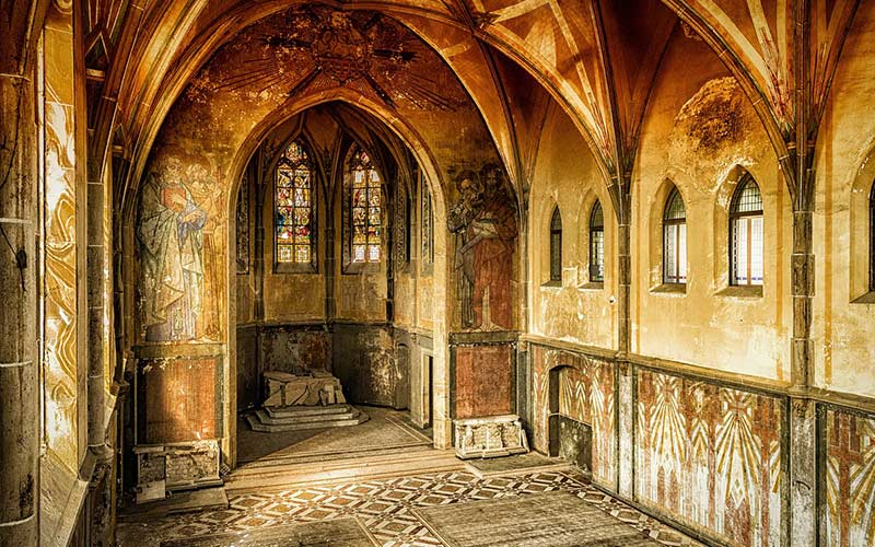 Restaurierung einer alten Kapelle bei Leipzig